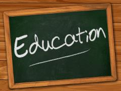A part Canonical (?) qui pour libérer l'informatique dans l'éducation ?